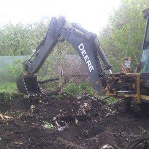 Расчистка территории от корней деревьев