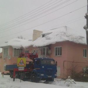 Уборка снега с крыш в Тульской области