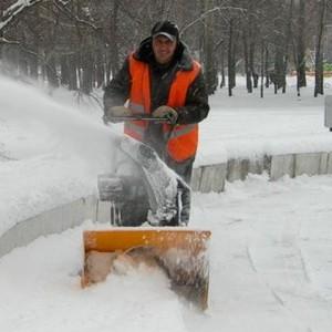 Расчистка территории от снега