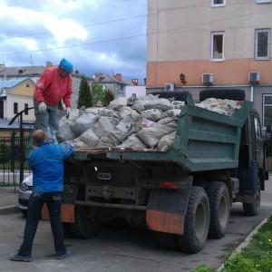 Уборка территории от мусора в Тульской области